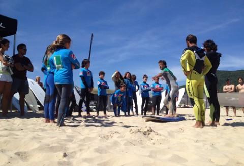 escuela de surf en berria evento oneill