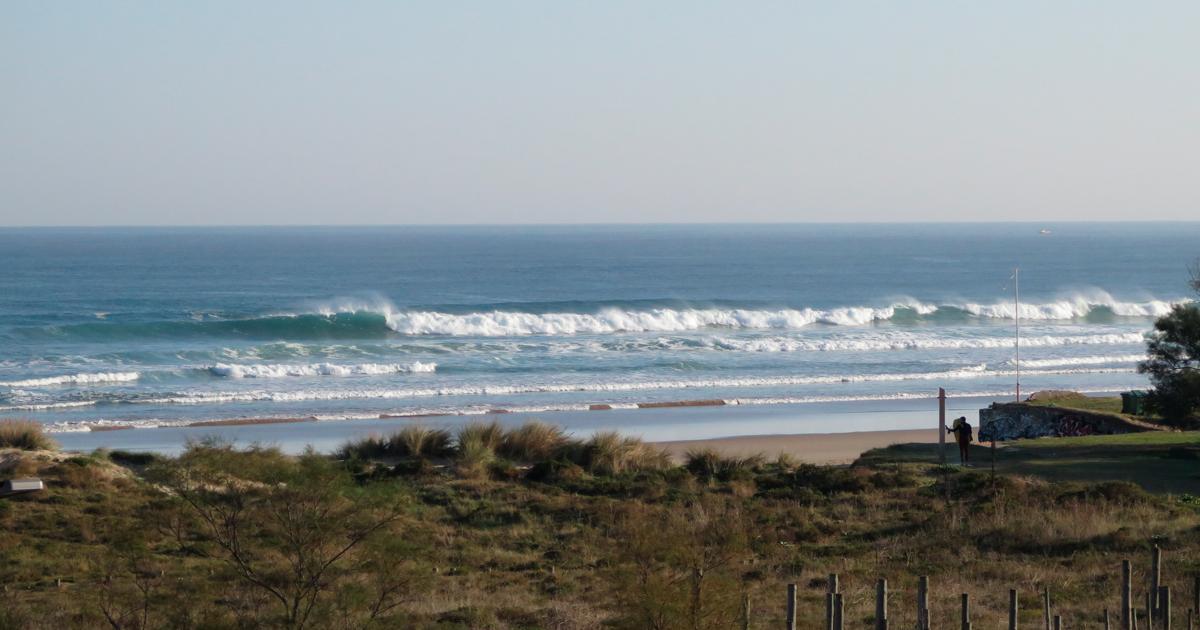 Hacer surf en Cantabria - Playa de Berria