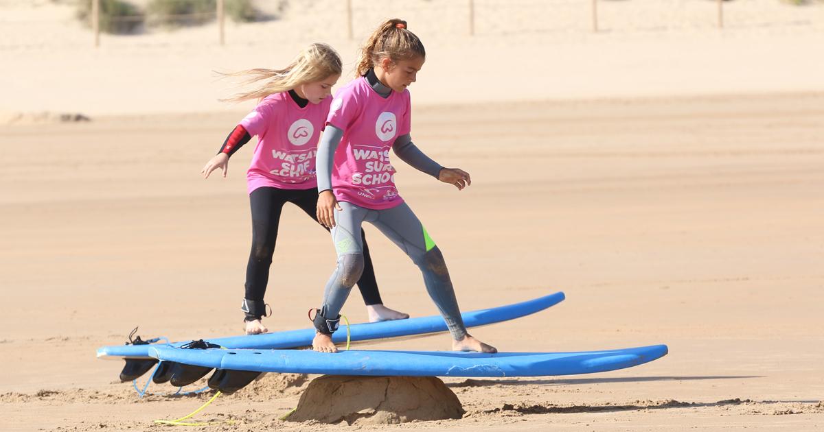 Aprendiendo la puesta en pie surf