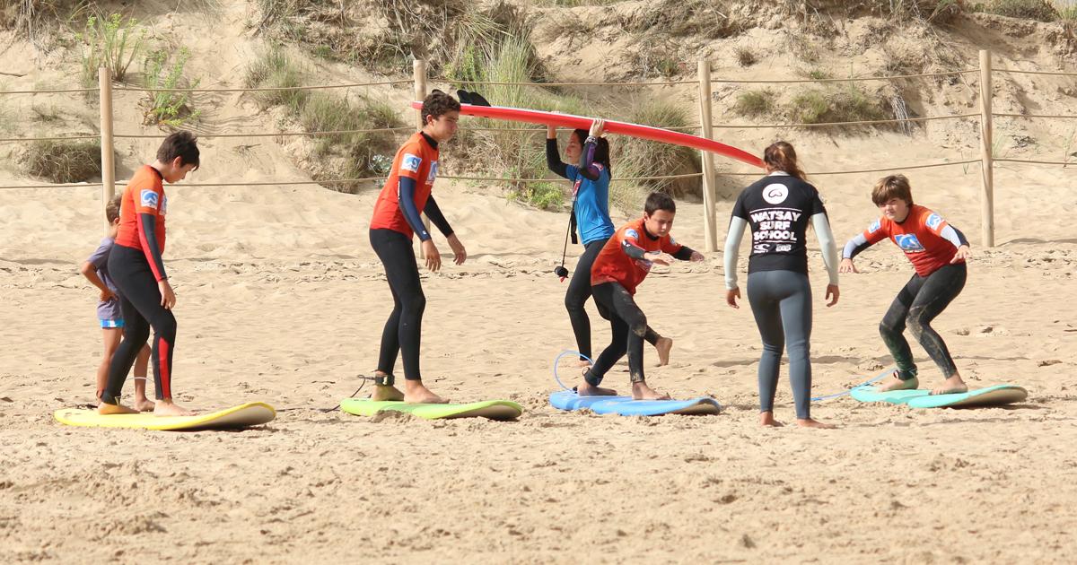 Surf para niños y sus beneficios