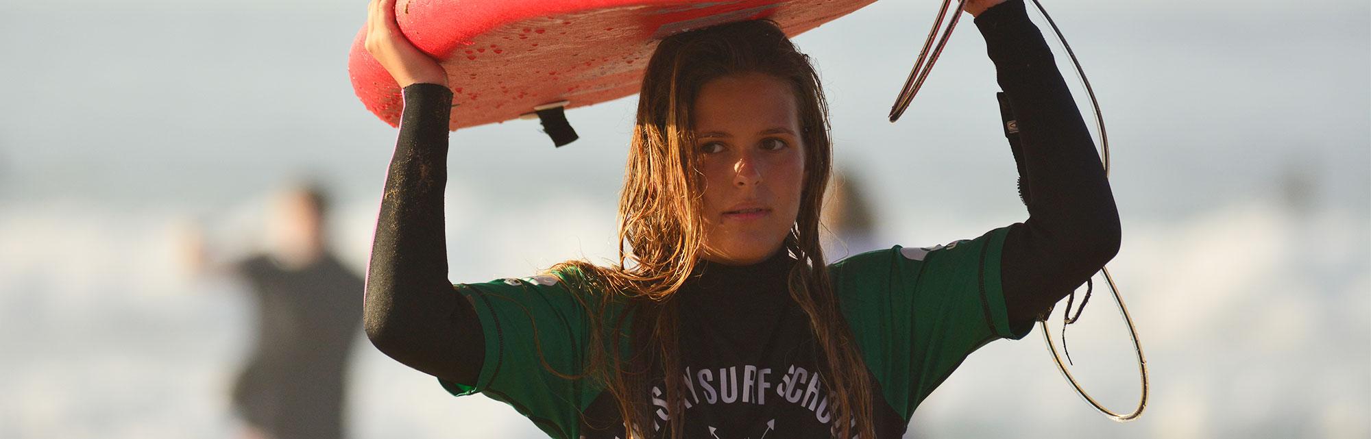 Campamentos de surf adultos - Watsay, playa de Berria