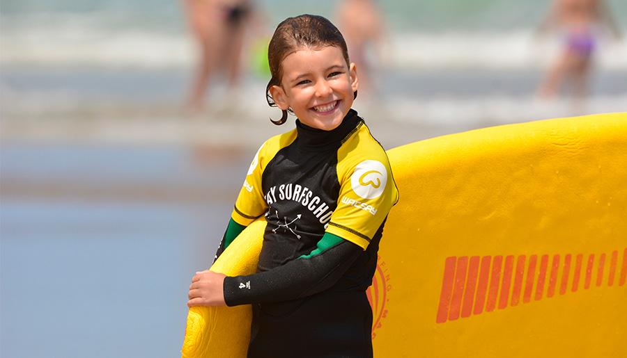 cursos-de-surf-menores