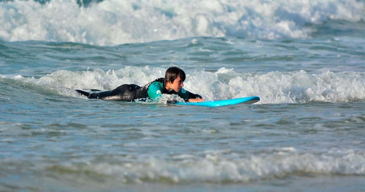 Técnicas fundamentales del surf: Lectura del mar